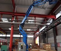 Genie Z™-30/20N & Z™-30/20N RJ Articulating Boom Lift ( United Equipment)