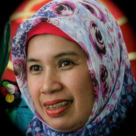 Ade (Siti Saadah S)