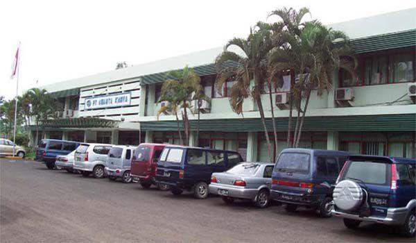 Kantor pusat PT Amarta Karya (Persero) di Jl. Veteran No.112 Margajaya, Bekasi - 17141.